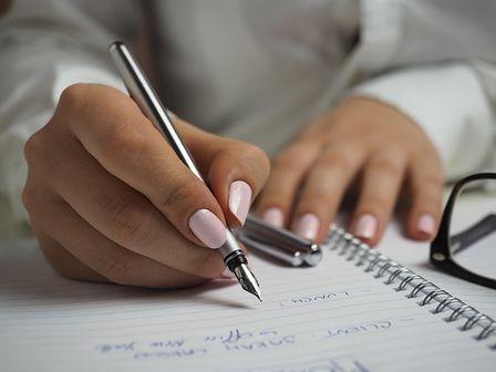 Handwriting कैसे सुधारे