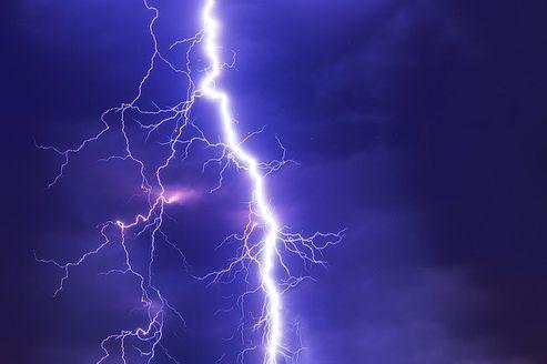 आसमानी बिजली से कैसे बचे, जरूरी उपाय
